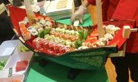 Dong-Kinh-Sushi-Spezial-Menü im Schiff serviert inkl. Nachtisch für 2 oder 4 Personen bei Dong Kinh (bis zu 54% sparen*)