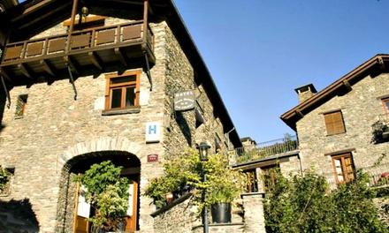 Ordino: de 1 a 5 noches en habitación doble para 2 personas con media pensión en Hotel Santa Bàrbara de la Vall d'Ordino