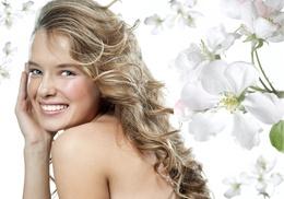 Glamour Salon: A Women's Haircut from Glamour Salon (55% Off)