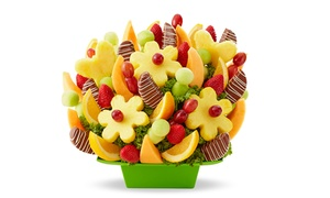 FruitBouquets.com: $30 Toward Fruit Arrangements from FruitBouquets.com