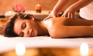 Doello Peluquerias de Autor: Desde $229 por 1 o 2 sesiones de masajes descontracturantes de 1 hora en cuerpo completo con Doello Peluquerías de Autor