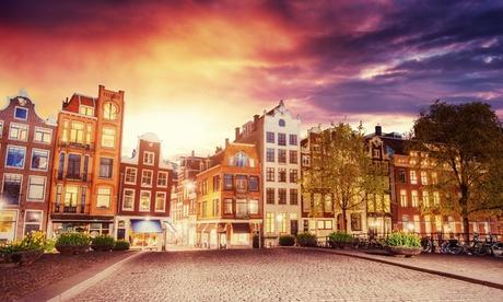 Amsterdam: Habitación pequeña o superior para dos personas con desayuno en el Hotel Lancaster de Amsterdam