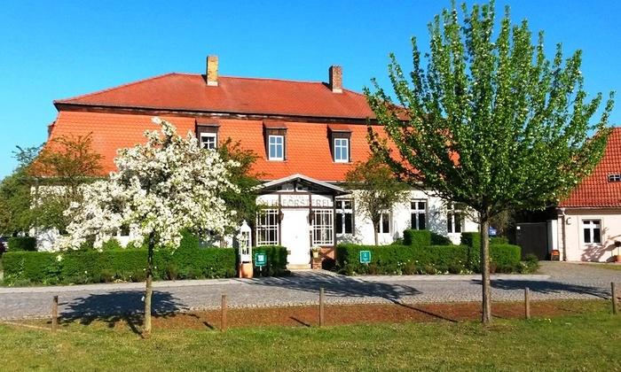 Hotel Alte Försterei Kloster Zinna - Jüterbog, OT Kloster Zinna: Brandenburg: 1-5 Nächte für Zwei mit Frühstück, Dinner und opt. Fläming-Therme, im Hotel Alte Försterei Kloster Zinna