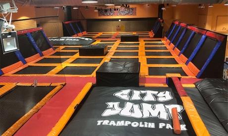 1 hora y media de saltos en camas elásticas para 1, 2 o 4 personas en City Jump (hasta 39% de descuento)