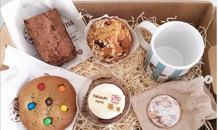 Bandeja de 6 o 12 cupcakes y/o brownie en Cookies And Dreams (hasta 56% de descuento)