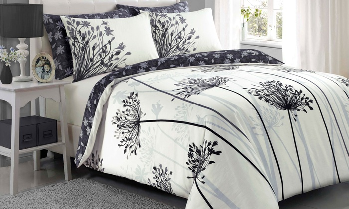 Pieridae Spring Meadow Duvet Cover Set (£10)
