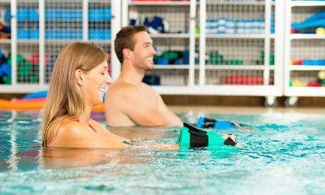 1 o 3 meses clases de aquagym con matrícula incluida desde 19,95 € en Piscina Bahía