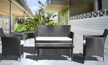 Set de muebles para el jardín compuesto por sofá, butacas y mesa