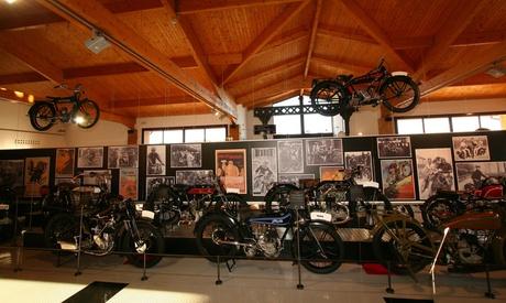 Entrada al Museu Moto Barcelona-Bassella para 2, 4, 6 u 8 personas desde 9 €