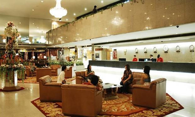 Bangkok: Asia Hotel + Thai Airways Flights 2