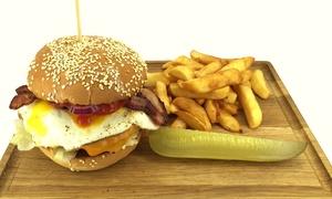 Fast & Good: Burgery premium (34,99 zł), frytki belgijskie oraz ogórki kiszone (38,99 zł) dla 2 osób i więcej opcji w Fast & Good