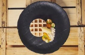 A priori: Déjeuner ou dîner de luxe 1* Michelin pour 1 ou 2 personnes chez A Priori à Haaltert à partir de 49,99€!