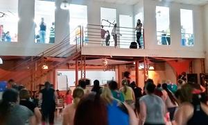 Azukar Studio de Dança de Salão: 2 ou 3 meses de aula de dança – Bosque dos Eucaliptos