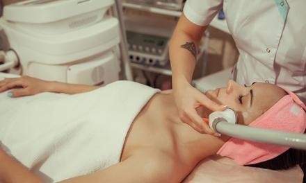 Sesión de limpieza facial completa con tratamientos a elegir en Clínica Nereida Sánchez (hasta 85% de descuento)