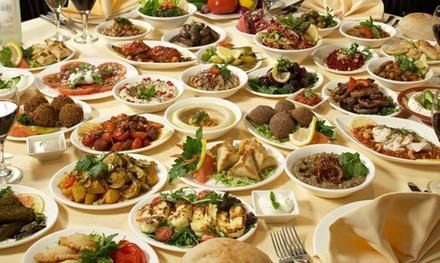 Menú para 2 o 4 personas con 8 o 10 platos, pan, bebida y opción a postre desde 23,95€ en Restaurante Libanés Los Cedros