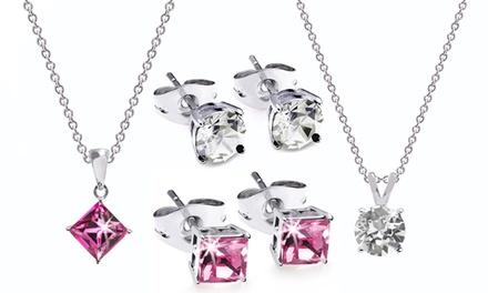 73cdf2cfeeb2b Set 3 boucles d oreilles + 3 pendentifs plaqués or 18 carats orné de  cristaux