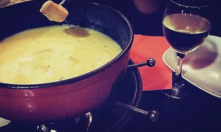 Menú de fondue para 2 o 4 personas con aperitivo, principal, postre y bebida desde 19,90 € en Mic Sopars