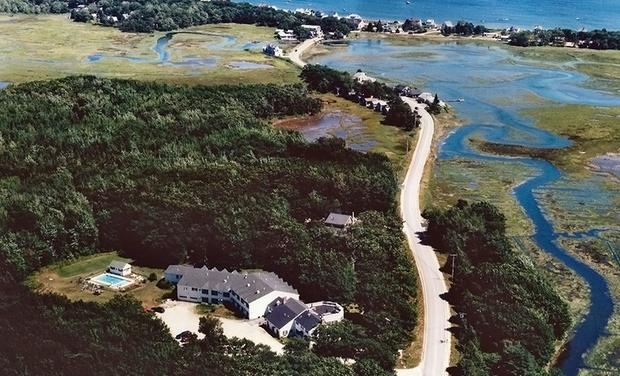 Ocean Woods Resort - Kennebunkport, ME: Stay at Ocean Woods Resort in Kennebunkport, ME, with Dates into October