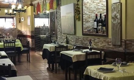 Menú indio para 2 o 4 con aperivito, entrante, principal y bebida en Kajla Resturant (hasta 57% de descuento)
