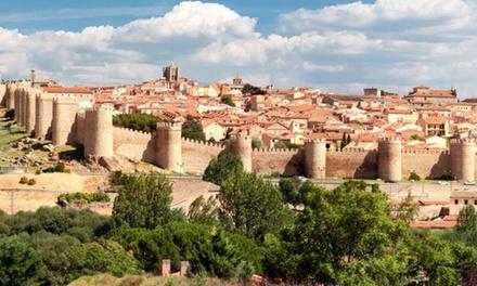 Ávila: habitación doble para 2 personas con desayuno o media pensión en Sercotel Hotel Cuatro Postes 4*