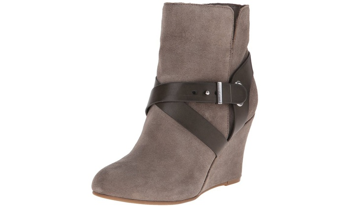 Chinese Laundry Ultimate Women's Boots (Size 10) | Groupon