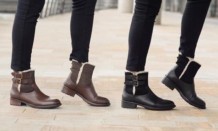 Damen-Stiefeletten aus Leder und Veloursleder mit Warmfutter in Schwarz oder Braun und in der Größe nach Wahl  (Frankfurt)
