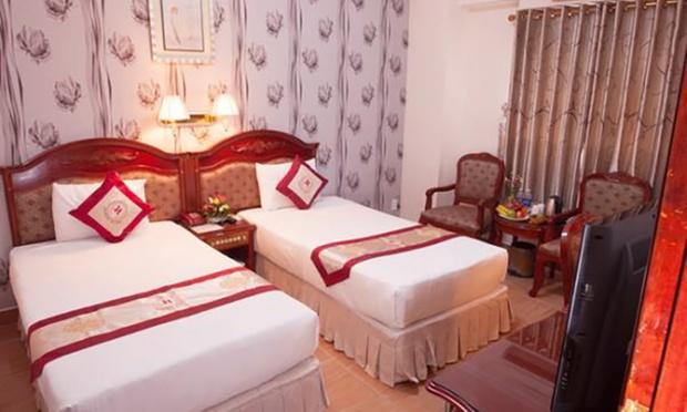 Ho Chi Minh City: Stay + Flights 1