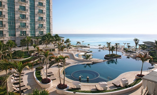 TripAlertz wants you to check out ✈ 3-, 4-, 5-, 6-, or 7-Night Sandos Cancún Luxury Resort Stay with Airfare. Price per Person Based on Double Occupancy. ✈ All-Inclusive Cancún Vacation at Sandos Cancún Luxury Resort with Nonstop Air from Vacation Express  - All-Inclusive Cancún Vacation
