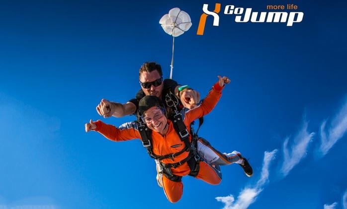 Wertgutschein über 100 € anrechenbar auf einen Tandemsprung aus 4.000 Metern Höhe bei Go Jump GmbH