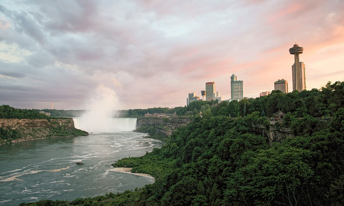 Sterling Inn & Spa - Niagara Falls, ON: 2-Night Stay with Dining Credit, Spa Credit, and Wine Tastings at Sterling Inn & Spa in Niagara Falls, ON