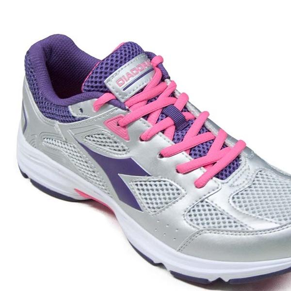 Scarpe Diadora Shape 5 per uomo o donna disponibili in vari colori a 29,90 € (49% di sconto)