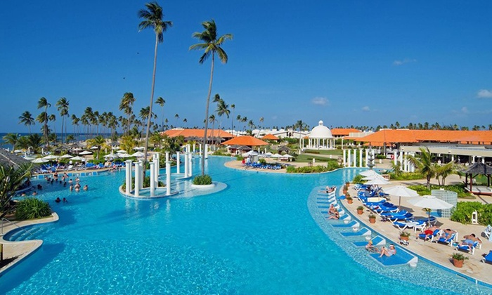 4-Star Oceanfront Luxury Resort in Puerto Rico