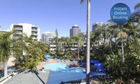 Surfers Paradise: 2- or 3-Night Apartment Stay for Up to Four People with Late Check-Out at Mari Court Resort