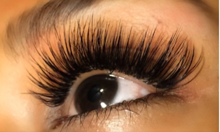 The Lash Loft  - Multiple Locations: Full Set of Eyelash Extensions at The Lash Loft (75% Off)