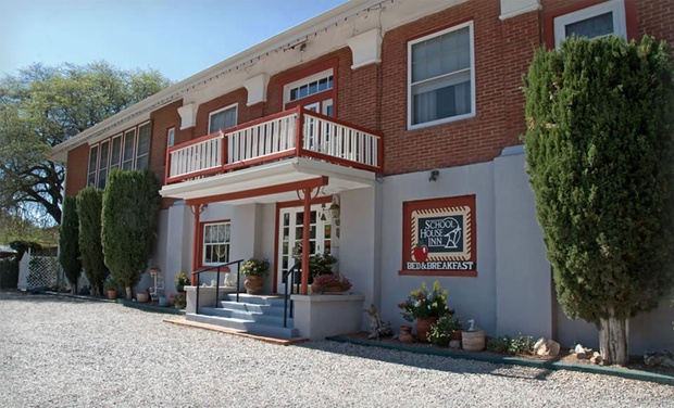 School House Inn - Bisbee, AZ: Stay at the School House Inn in Bisbee, AZ. Dates into October.