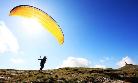 Vuelo biplaza en parapente con vídeo de la experiencia para 1 o 2 personas desde 54,95 € en Fly Parapente