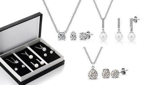 Set de pendientes, collar y colgante adornados con cristales de Swarovski®