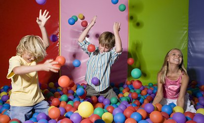 image for Weekday or Weekend Soft Play Area Entry at Snakes'N'Ladders (Up to 57% Off)