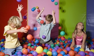 Snakes'N'Ladders: Weekday or Weekend Soft Play Area Entry at Snakes'N'Ladders (Up to 57% Off)