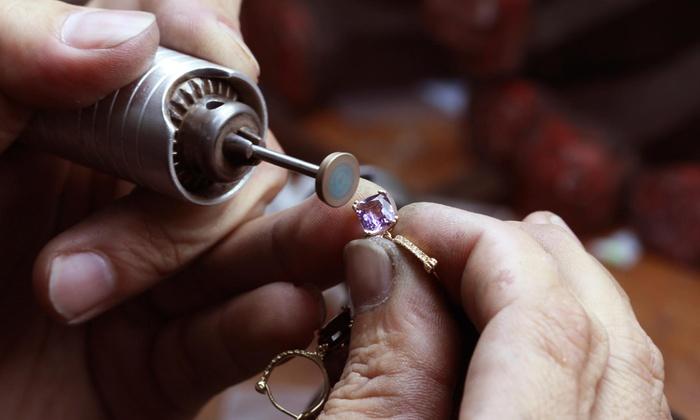 Lynnbaptista Jewelry - East Providence: Three-Hour Jewelry-Making Class at LynnBaptista Jewelry (45% Off)