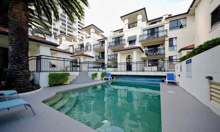 Broadbeach: 2, 3 or 5Night Apartment Stay for Two or Four with Wine and Early CheckIn at Island Beach Resort