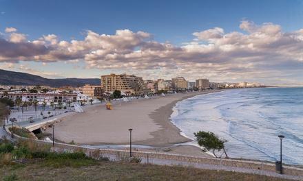 Oropesa del Mar: hasta 14 noches en apartamento para 4 con opción a detalle en Apartamentos Bernat Primera Linea Playa