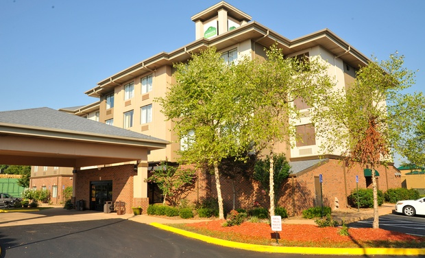 Wyndham Hotel Near Western Kentucky University