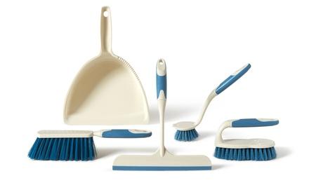 Set di pulizia composto da scopino con paletta, scopino lavapiatti, spazzola bucato e tergivetro