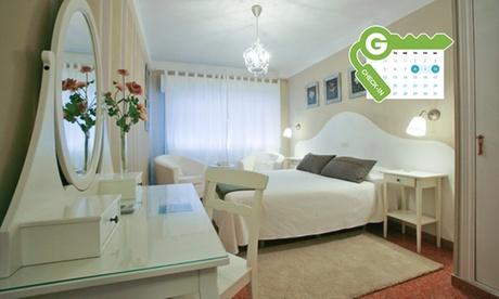 Asturias: estancia en habitación doble para dos con desayuno, detalle y cena o almuerzo en el Hotel Casa Junco Oferta en Groupon