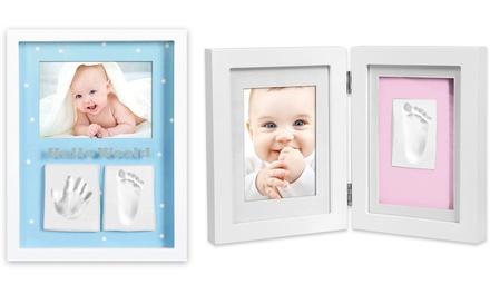 Marco de fotos con huellas de arcilla para bebés