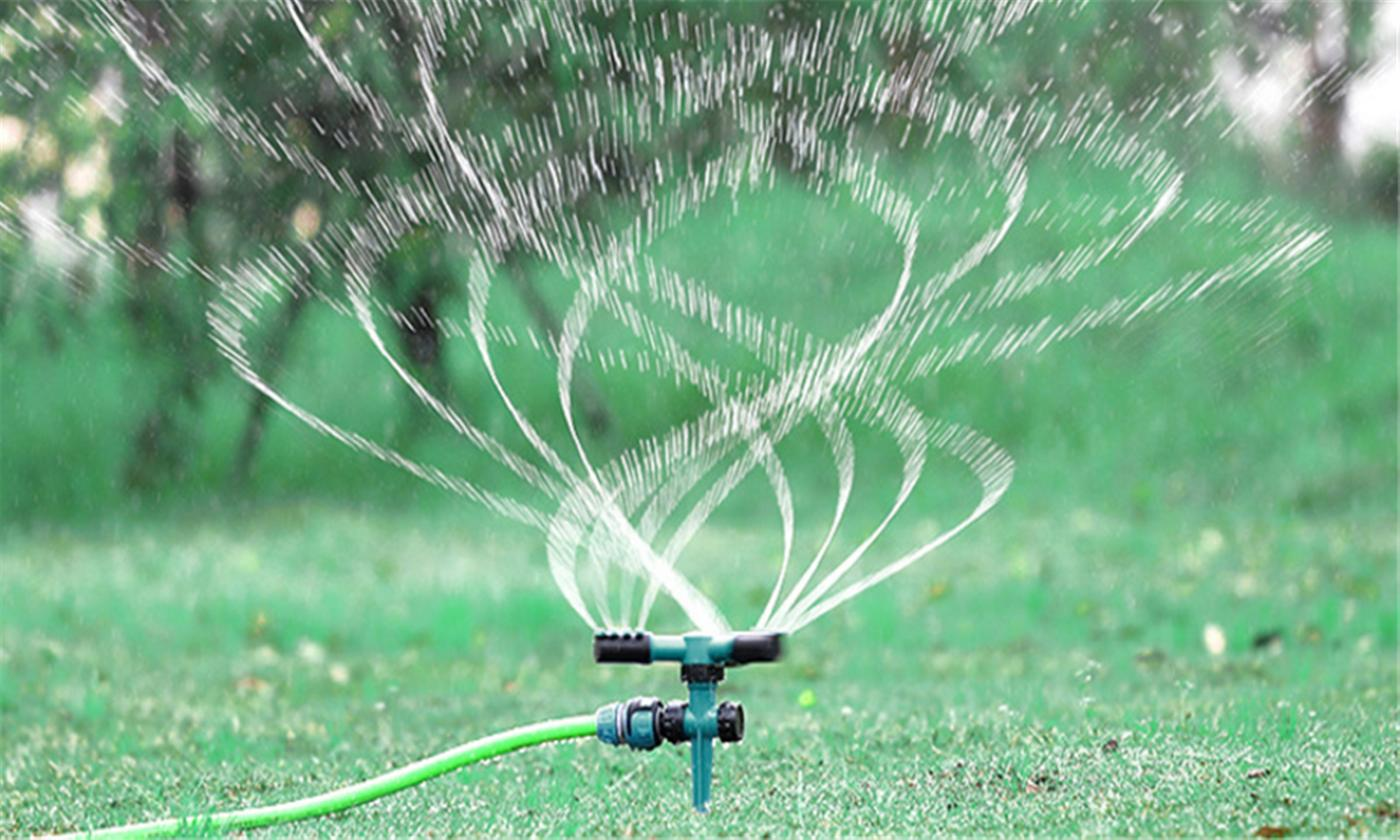 One or Two 360° Automatic Rotating Adjustable Lawn Sprinklers
