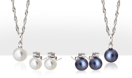 Pearl Pendant and Earrings Set with Crystals from Swarovski®