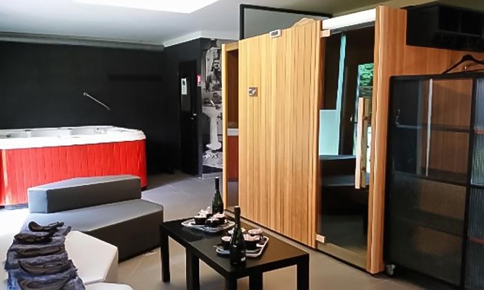 spa privatif avec acc s au sauna et spa pour 2 les bains de grace groupon. Black Bedroom Furniture Sets. Home Design Ideas