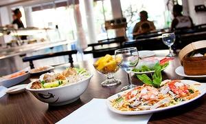 MAY LY - Les sens de l'Asie: Menu asiatique avec entrée, plat et dessert pour 2 personnes à 22,90 € chez May Ly - Les Sens de l'Asie